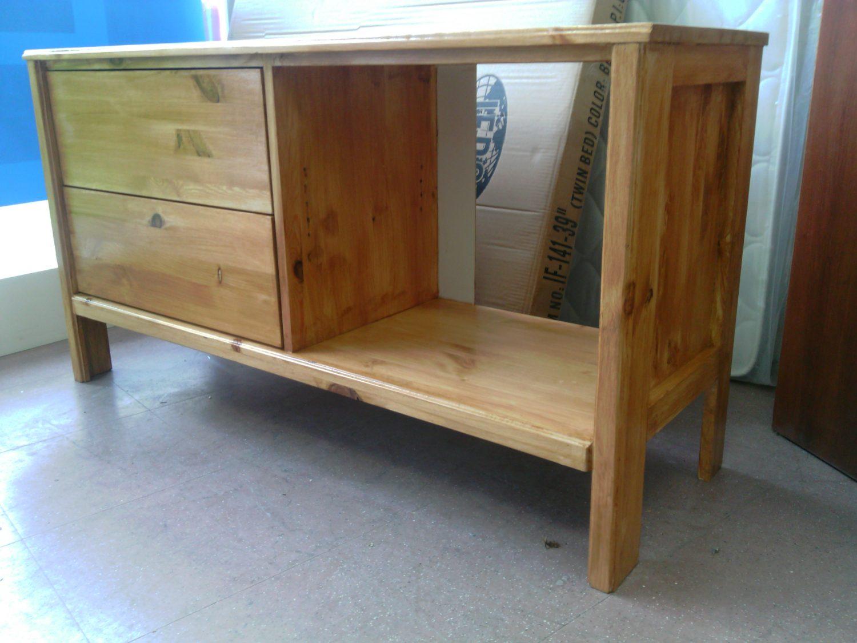 meuble tv en pin massif palais du matelas. Black Bedroom Furniture Sets. Home Design Ideas